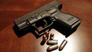handgun-231699_1280